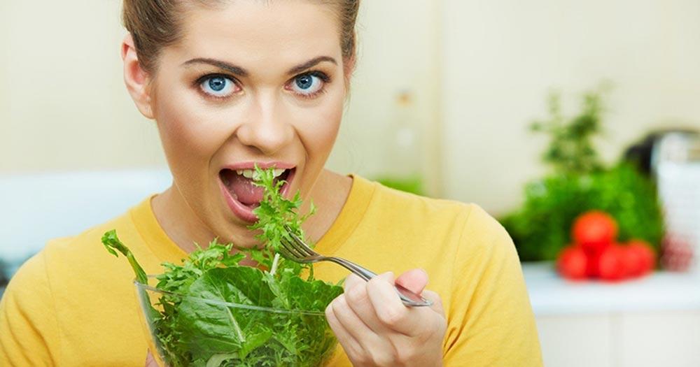 Rau xanh đậm và giá trị dinh dưỡng tuyệt vời