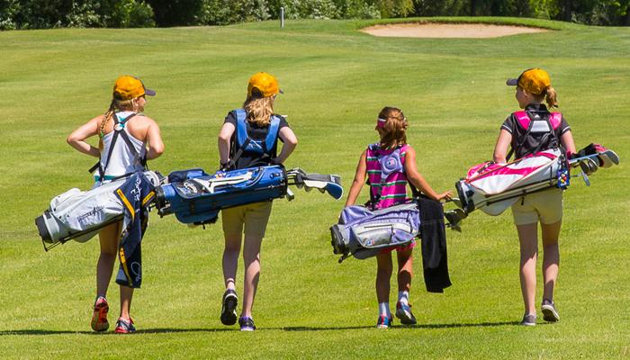 Lợi ích khi cho trẻ chơi golf
